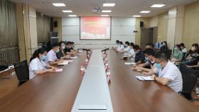安顺市人民医院组织召开住院医师规范化培训并轨制研究生师生座谈会